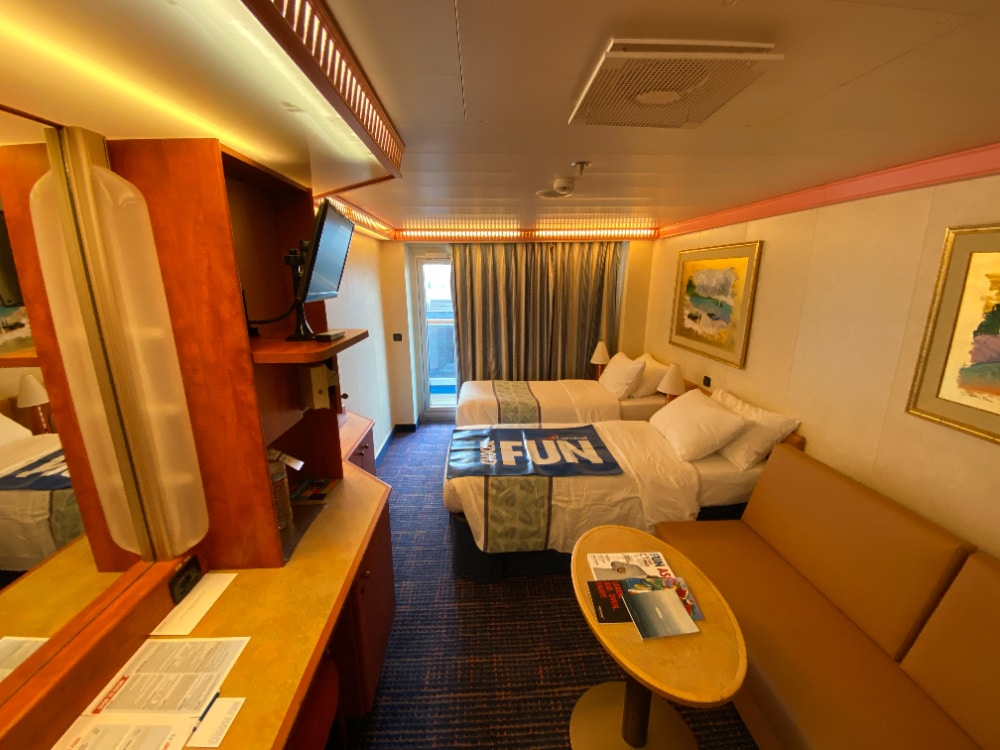 balcony room carnival cruise ship