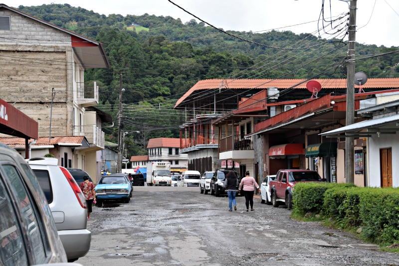 Pictures of Boquete: Downtown Roads