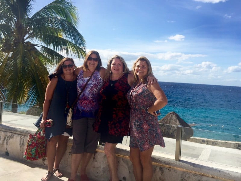 four traveling chicas in Cozumel