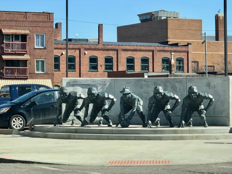 Your weekend guide to Canton, Ohio should include looking at the local street art, murals, and statues.
