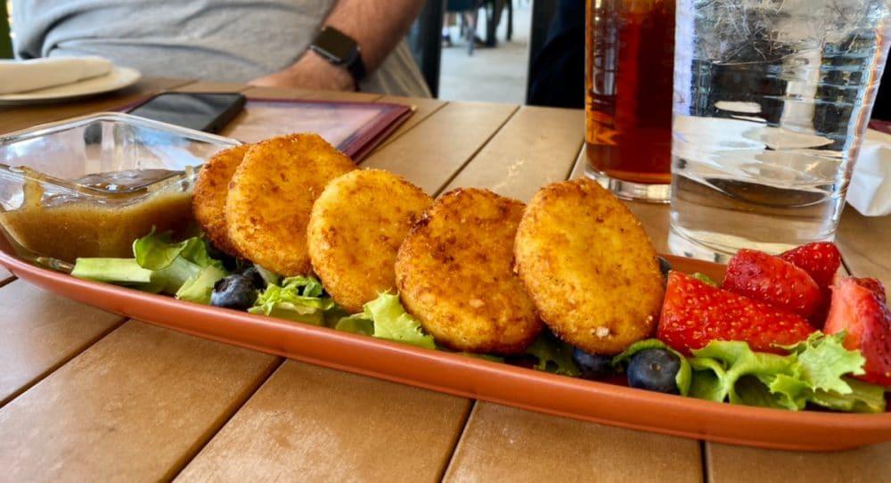 fried-goat-cheese-at-Safari-club