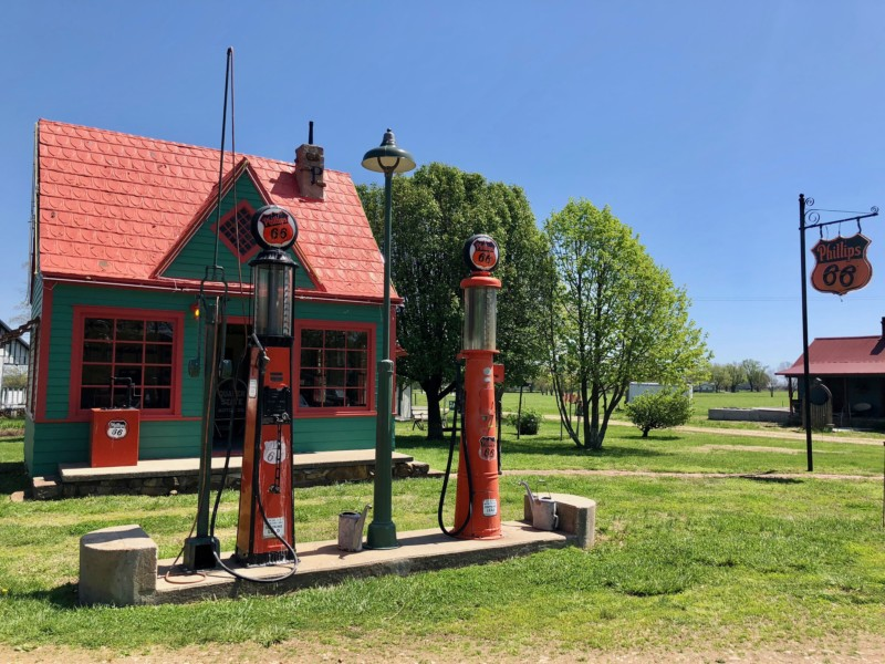The funky Red Oak II is one of the cool things you'll see on Missouri's Route 66 road trip.