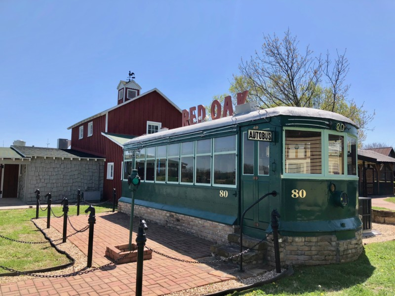The artsy Red Oak II is one of the cool things you'll see on a classic Missouri Route 66 road trip.