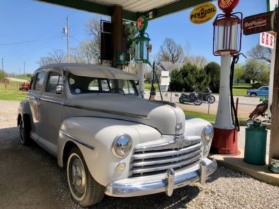 classic-car-garys-gay-parita-missouri-route-66