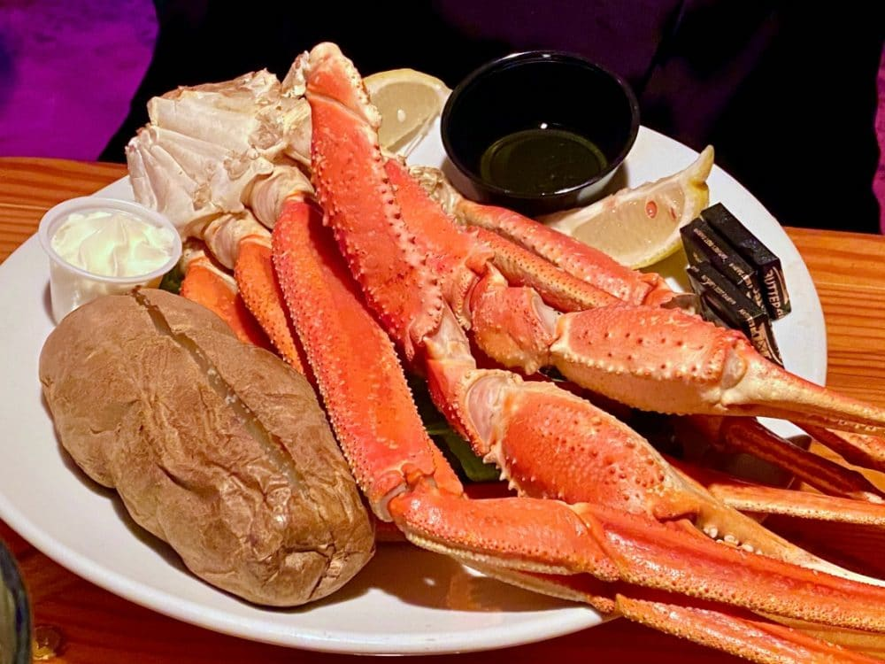 two friends patio snow crab legs and potato