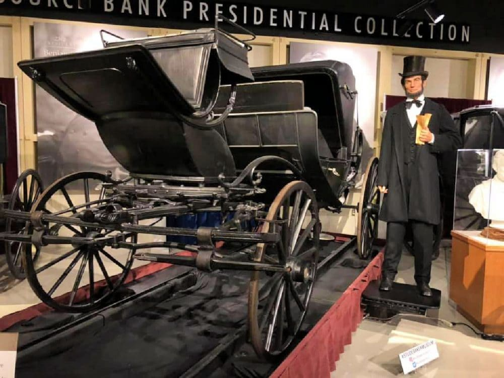 Lincoln's presidential carriage by studebaker
