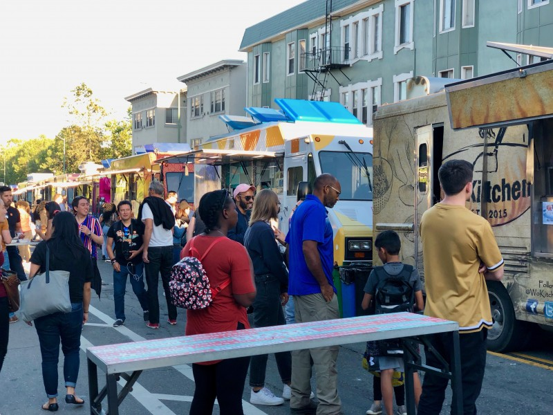 food truck frenzy at museum of California