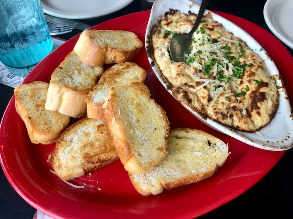 crab dip with bread from coco bolos