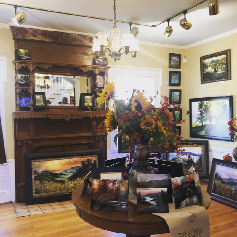 Robert a Tino art gallery sevierville tn