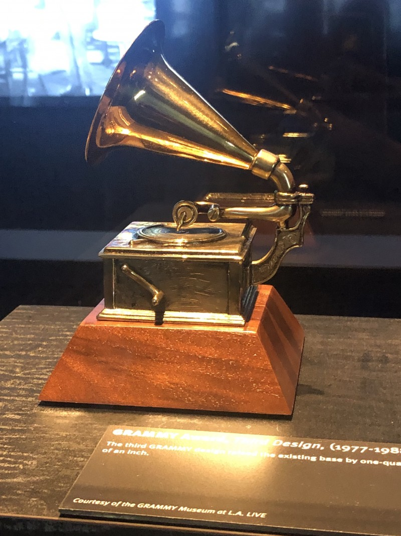 grammy on display at museum in Cleveland ms