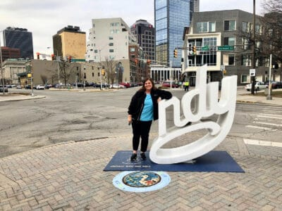 indy-statue-for-selfies