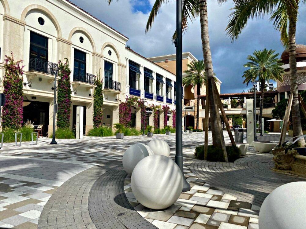 rosemary square shopping center