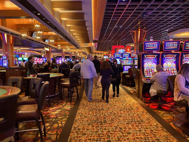restaurants Baton Rouge l'auberge casino gaming floor