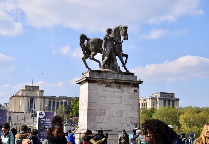 horse statue in Paris