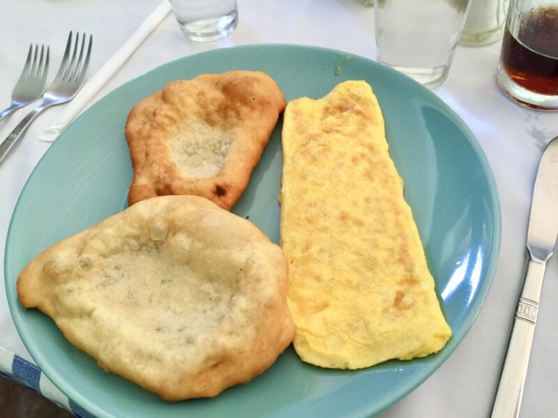 Olgas breakfast with Panamanian fry bread