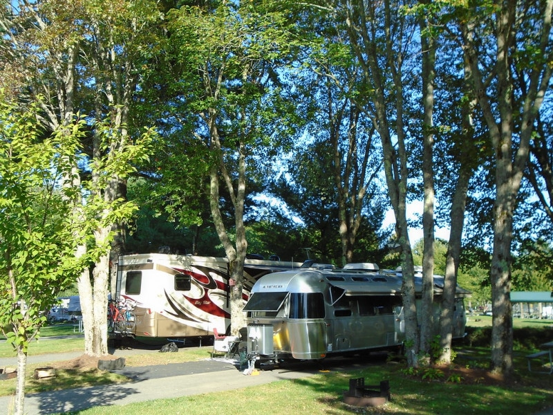 rv site at Red Apple Campground