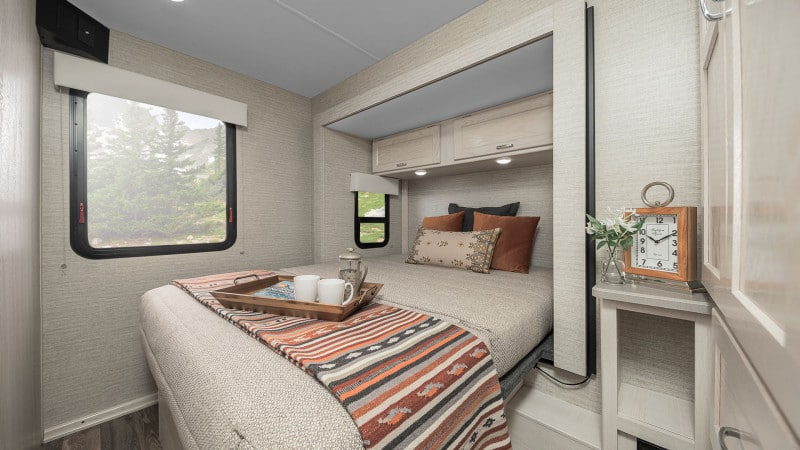 Winnebago Outlook RV Bedroom