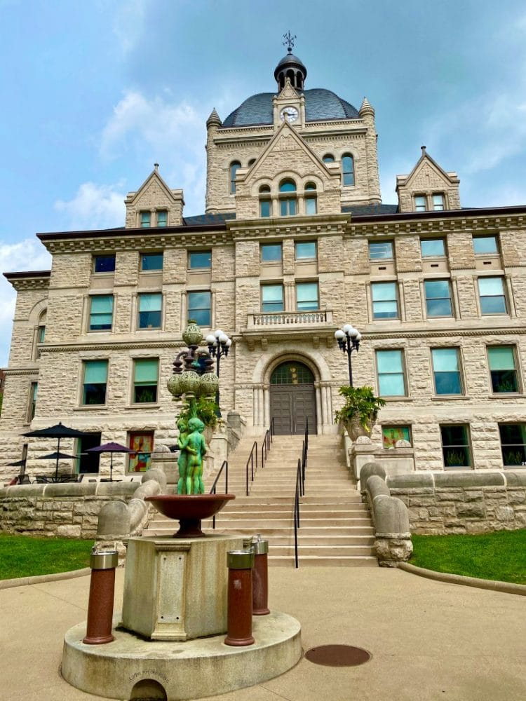 fayette county courthouse ky