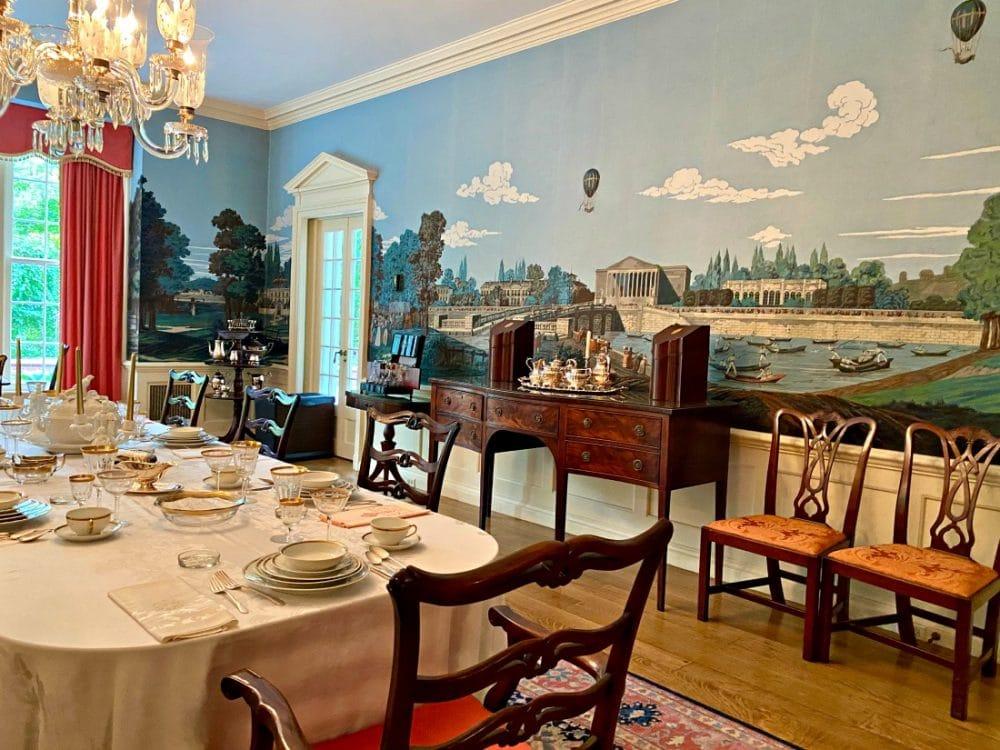 historic mansion in toledo dining room