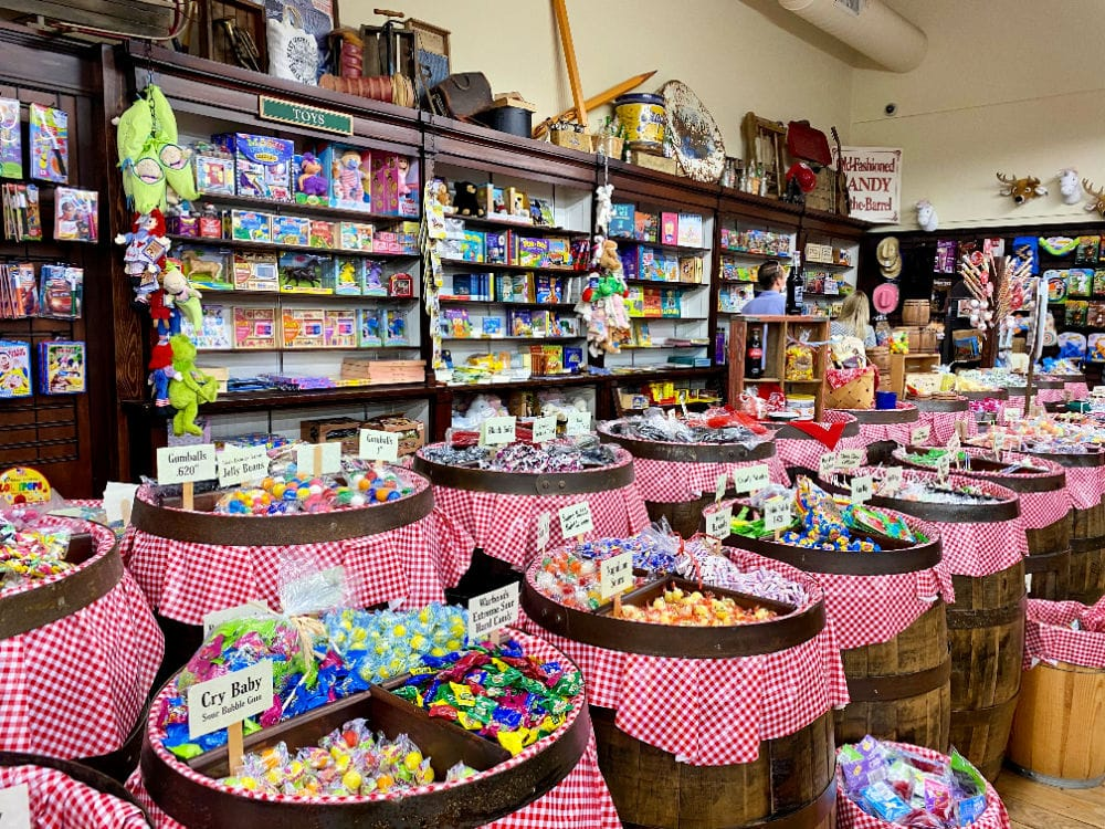mast general retro candy selection