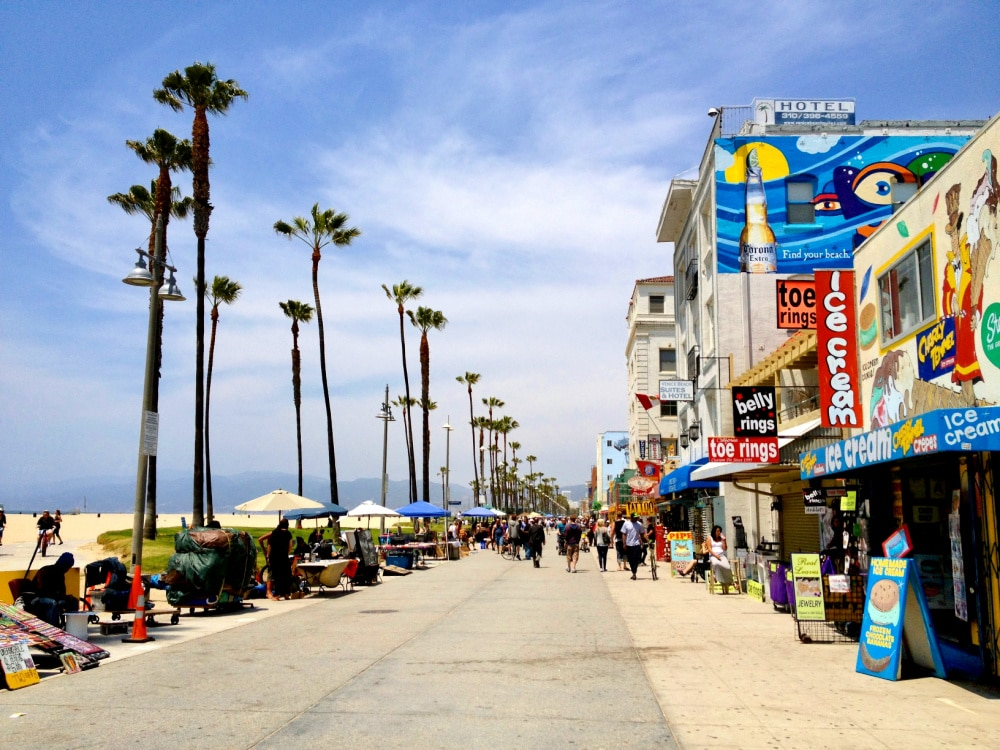 venice beach shops and boardwalk
