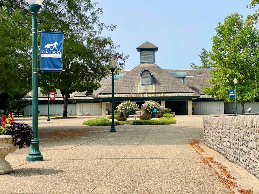 entrance-to-kentucky-horse-park