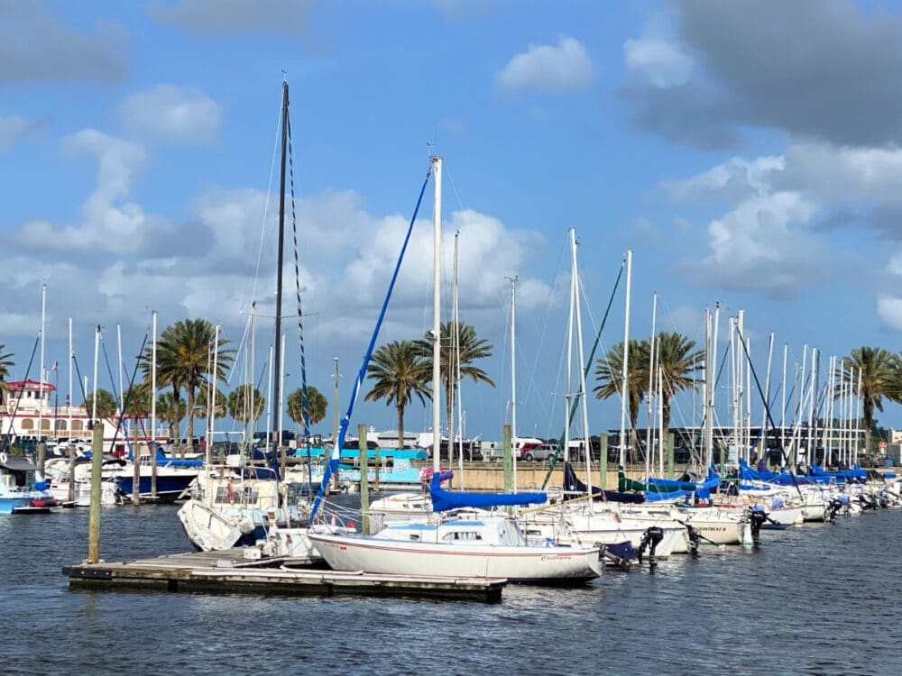 boats-on-lake-carola-florida