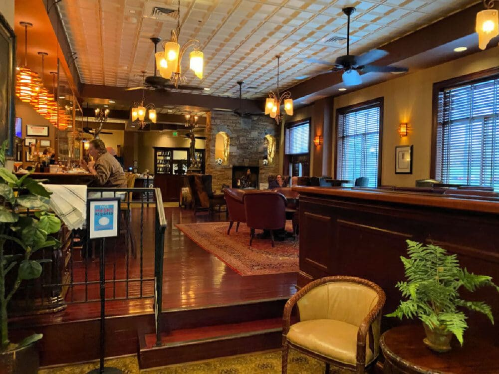 wellingtons-at-the-carnegie-hotel-tn
