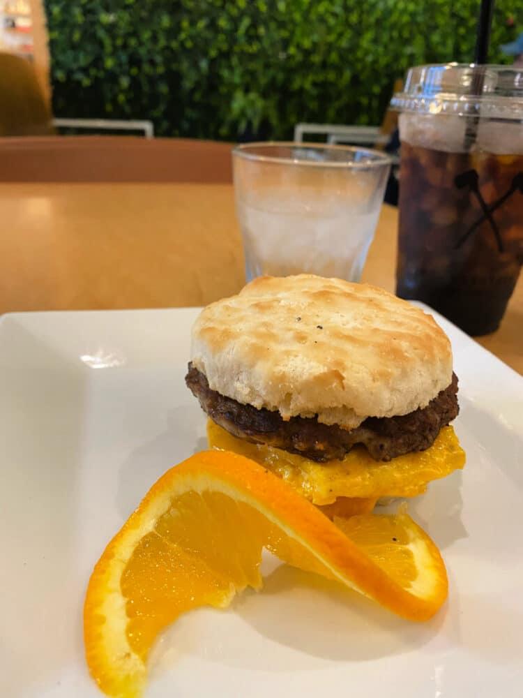 honest-coffee-roasters-breakfast-sandwich