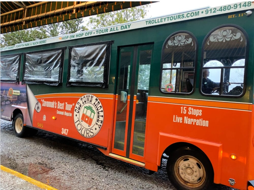 old-town-trolley-tours-of-savannah