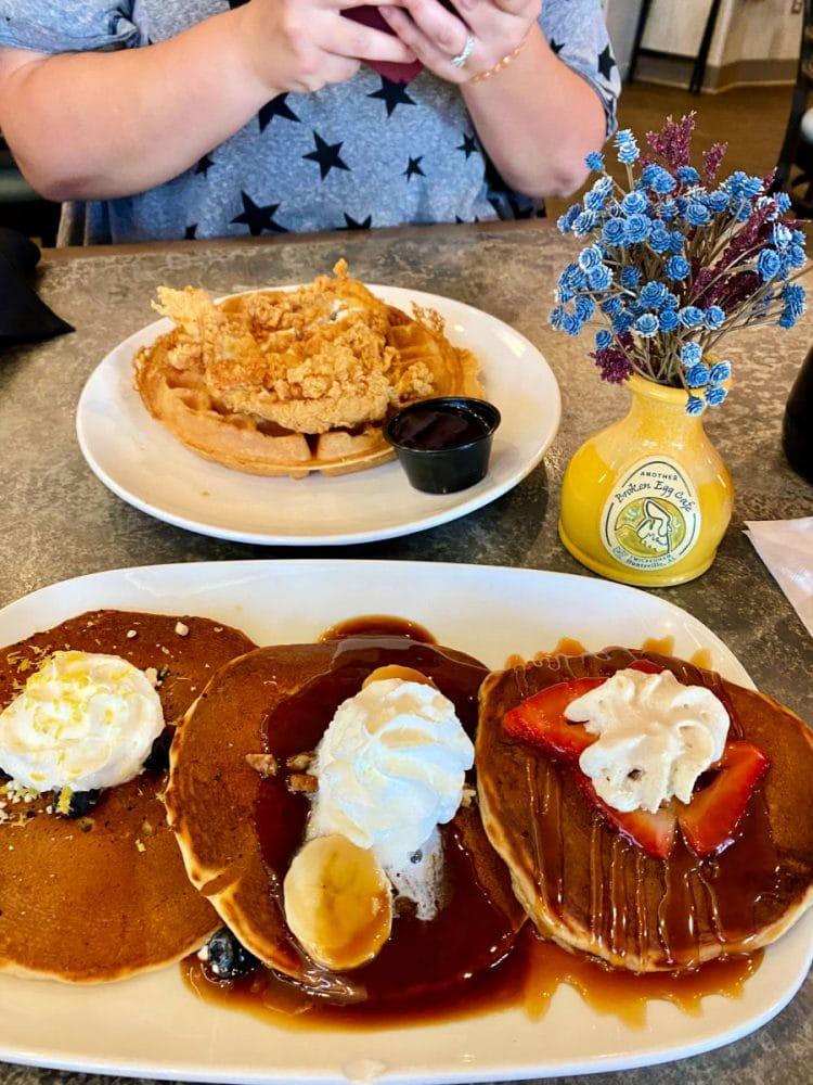 pancake-flight-from-another-broken-egg-cafe
