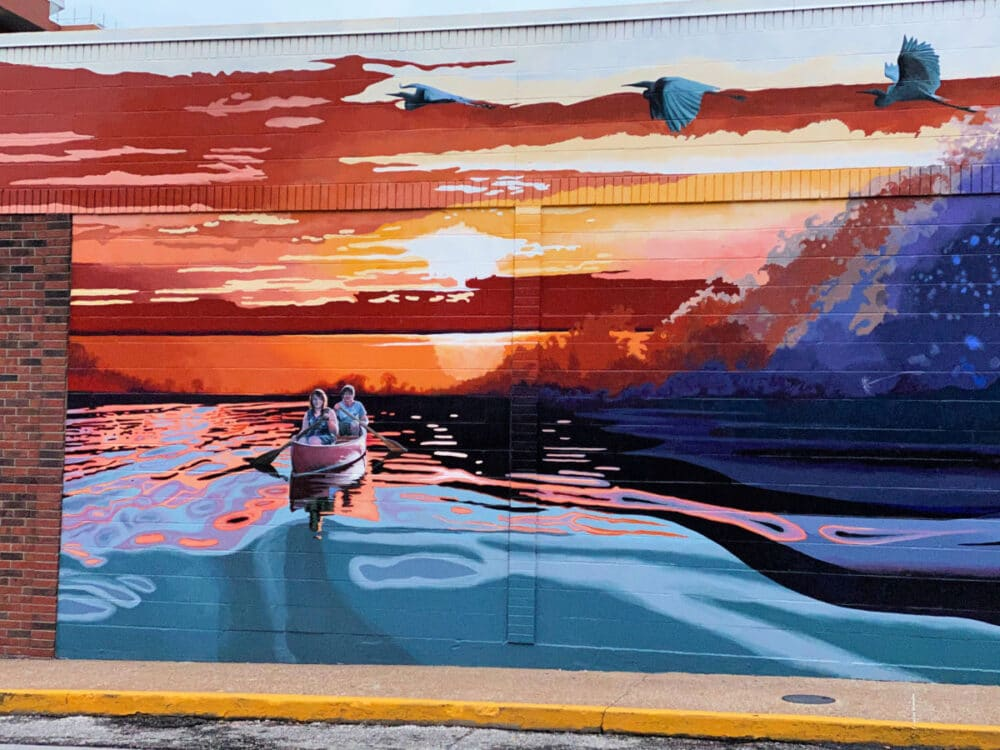vibrant-murals-in-downtown-columbia